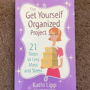 GET YOURSELF ORGANIZED by KATHY LIPP